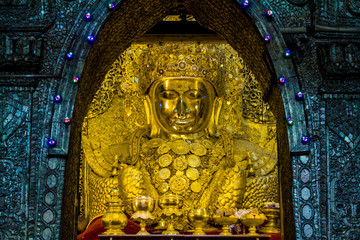 Mahamuni Buddha, Myanmar