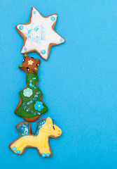 Gingerbread cake pony christmas tree star icing decoration