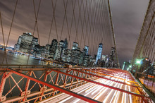 Papier Peint - New York City - Manhattan Skyline from Brooklyn Bridge by Night