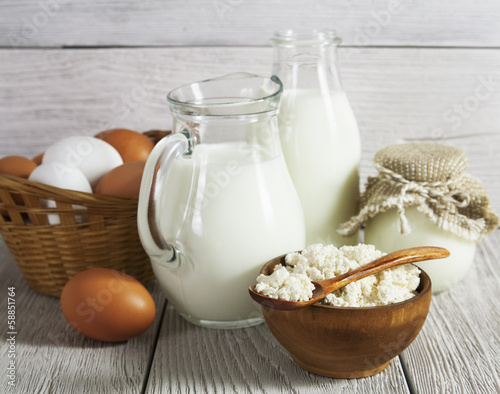 Staande foto Zuivelproducten Dairy products and eggs on the table