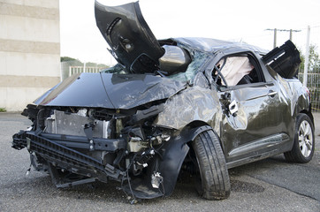 Voiture accidentée