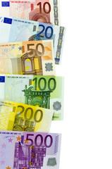 Euro-Geldscheine auf weißem Hintergrund