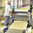 canvas print picture - Lebensmittelindustrie Keksherstellung / food production