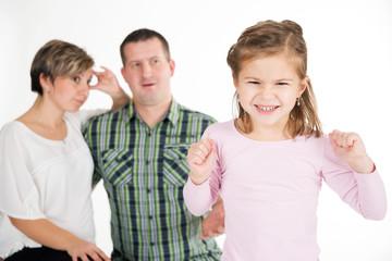 Eltern genervt über zickiges Kind