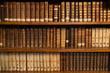 Leinwanddruck Bild - Livres dans une bibliothèque