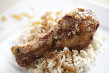 Sticky Slow Cooker Honey Chicken Drumsticks