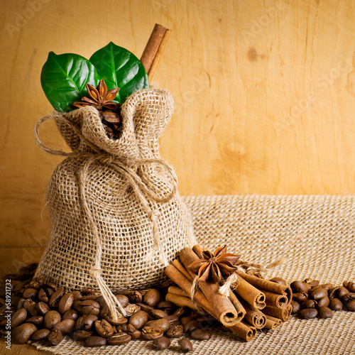 Coffee grains with spices
