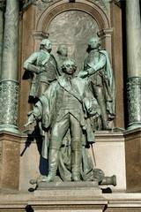 Kaiserliche Bronzestatuen in Wien