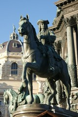 Kaiserliche Bronzestatue in Wien