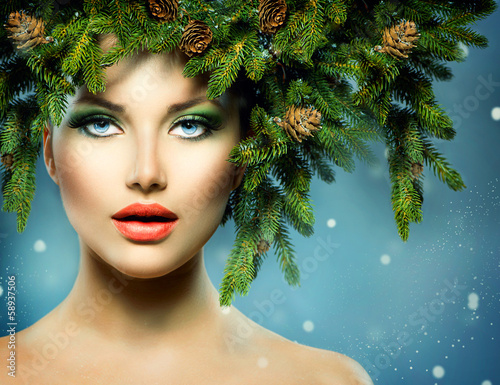 Christmas Woman. Christmas Tree Holiday Hairstyle and Makeup