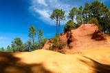 Panoramic view of Le Sentier des Ocres and shadows in Roussillon