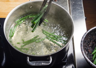 Green beans in cook pot