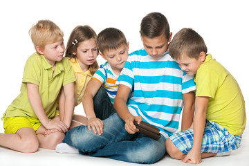 Group children with a new gadget
