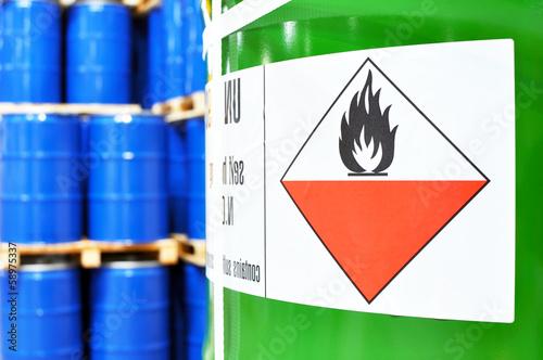 Lagerung von Gefahrengut - 58975337