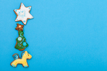 Gingerbread cake pony christmas tree star with icing decoration