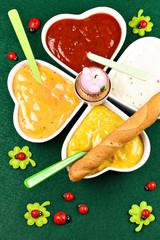 Vier verschiedene Dip's für das Silvester-Fondue