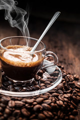 caffè espresso fumante