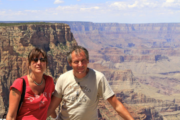 touristes devant le Grand Canyon, Arizona
