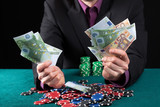 Man in casino wins heap of money