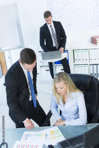 manager besprechen ein konzept