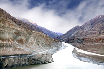 Zanskar and Indus river meeting point