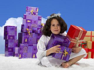 Engelchen mit Geschenken