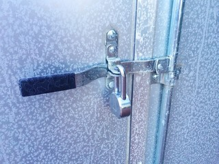 Frozen Lock on Secure Trailer Handle