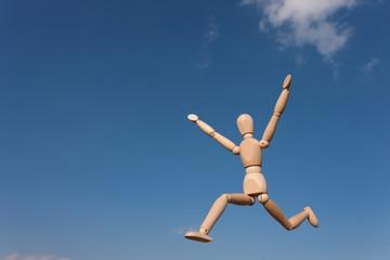 大空を走る人形 ジャンプ