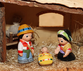Nativity scene with statues of hand-decorated pottery