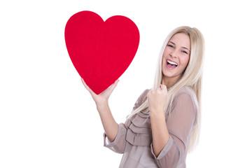 14. Februar Valentinstag - Frau lachend mit Herz rot