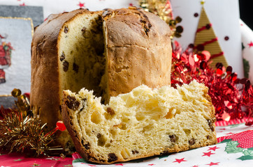 "Christmas  cake called ""panettone"""
