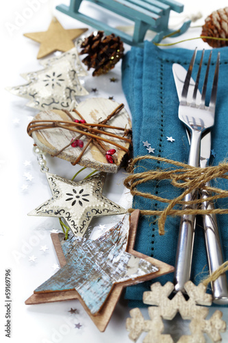 Christmas table place setting © Natalia Klenova