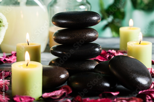 Hot stones essential oil and candles