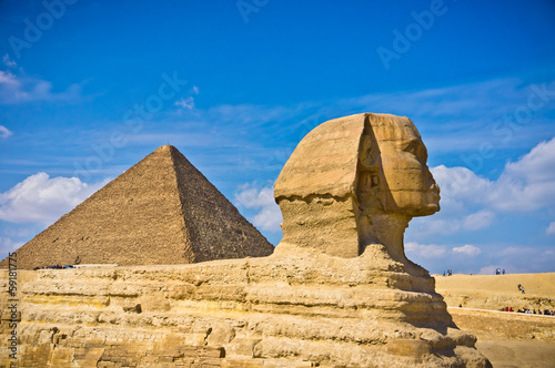 Poster Egypte Pyramid of Khafre and Great Sphinx in Giza, Egypt