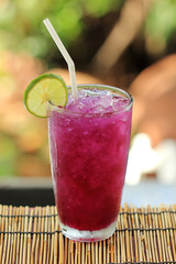 Butterfly pea juice with Lime for drink