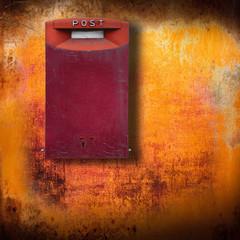 cassetta postale grunge