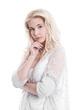 Sinnliche schöne Frau mit blonden Haaren im Portrait