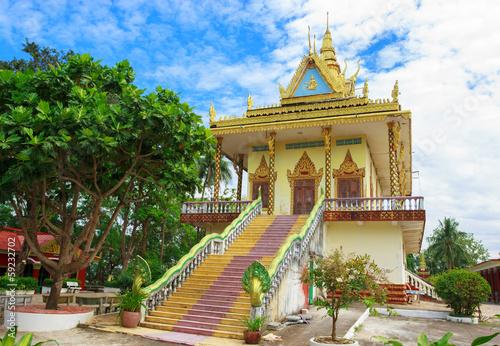 Zadziwiający widok Wat Leu w Sihanoukville