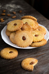 shortbread biscuits with almond
