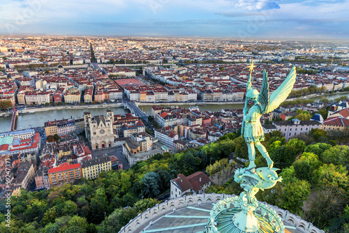 Papiers peints Europe Méditérranéenne Lyon view