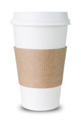 Pappbecher mit Sleeve vor weißem Hintergrund