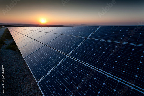 canvas print picture Power plant using renewable solar energy