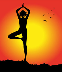 silhouette femminile in posizione yoga