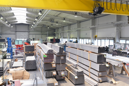 Stahllager in der Industrie // industrial steel storage