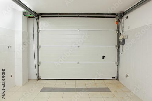 Garage interior - 59301945