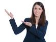 Frau im Business-Look isoliert präsentiert mit der Hand