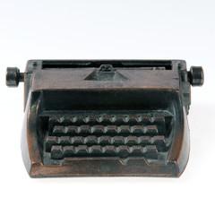 Typing machine.