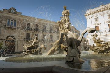 fontana di piazza archimede siracusa