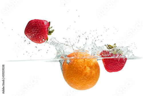 Splashing Fruits