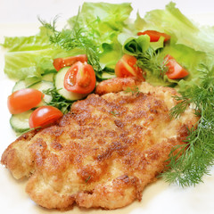 Chicken schnitzel with vegetables